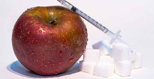 maça, insulina e açúcar