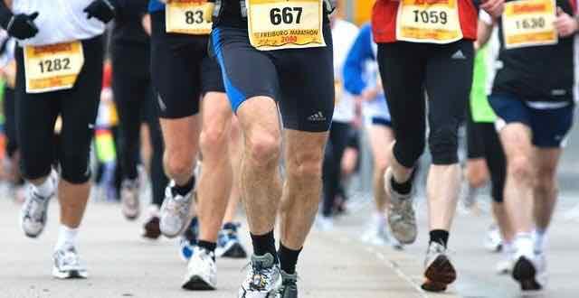 corredores em uma maratona