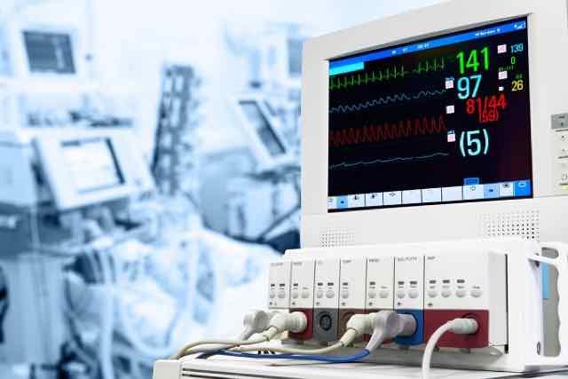 monitor de ecg na UTI