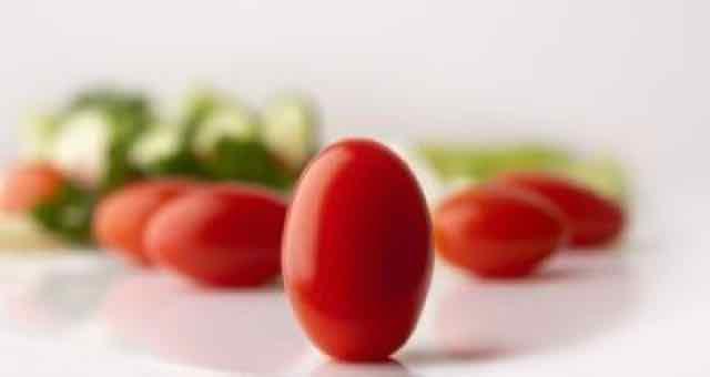 tomates e salada