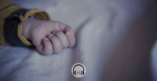 mão de criança