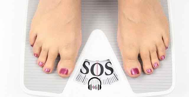 balança com as letras SOS