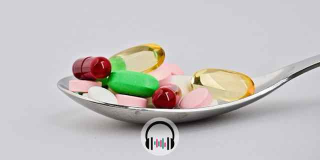colher com vários tipos de remédio