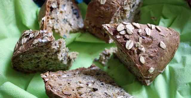 pão com cereal