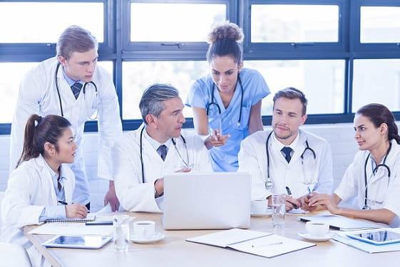 equipe de medicos
