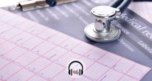 estetoscópio ao lado de um eletrocardiograma representando o congresso AHA 2019