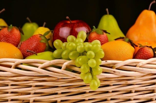 frutas variadas que são benéficos na gestação