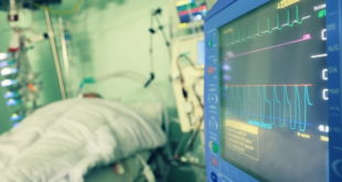 paciente grave com covid-19 em unidade de terapia intensiva
