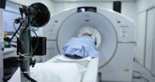 Paciente faz exame para detecção de câncer durante a pandemia de Covid-19.