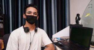 Adolescente praticando isolamento social em época de pandemia da Covid-19