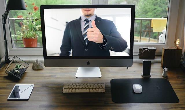 Excesso de reuniões virtuais por aplicativos como o Zoom podem levar a estados de fadiga chamados Zoom fatigue