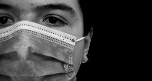 Paciente com Covid-19 se preocupa em relação as alterações oftalmológicas retinianas