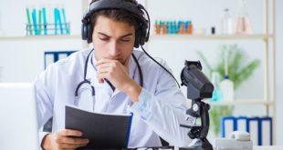 médico usando telemedicina na atenção primária