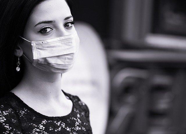 Mesmo após ser recuperado paciente demonstra preocupação e se protege da Covid-19