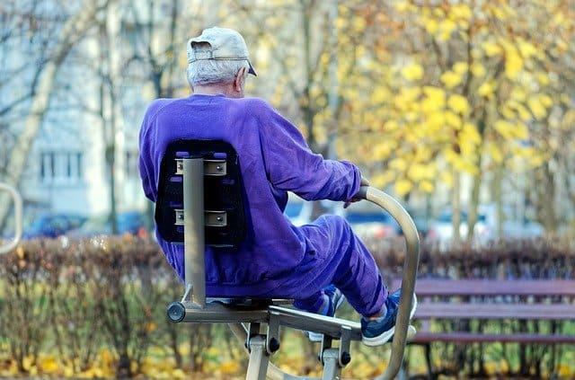 Paciente com doenças cardiovasculares pratica exercícios