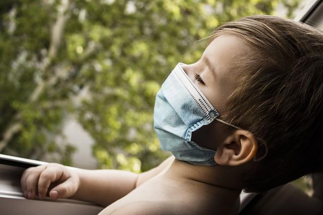 Anticorpos para SARS-CoV-2 foram detectados em crianças antes delas serem liberadas