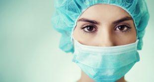cirurgiã preparada para colecistectomias videolaparoscópicas