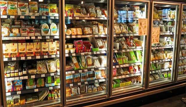 Rótulos alimentares servem para auxiliar o consumidor a compreender melhor as informações nutricionais dos produtos.