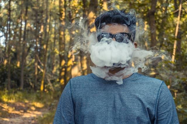 Cigarro eletrônico pode afetar fertilidade masculina