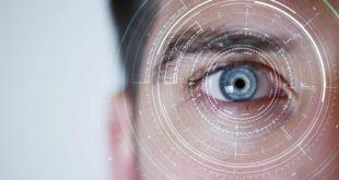 olho de pessoa com imagem de inovação pelo novo retinógrafo portátil