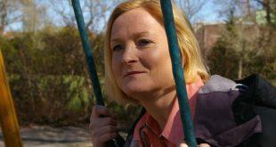 Mulher em tratamento sem hormônios para sintomas da menopausa