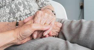 Abordagem de distúrbios respiratórios do sono em idosos.