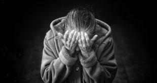 Mulheres na pós-menopausa são mais afetadas pela cardiomiopatia de Takotsubo