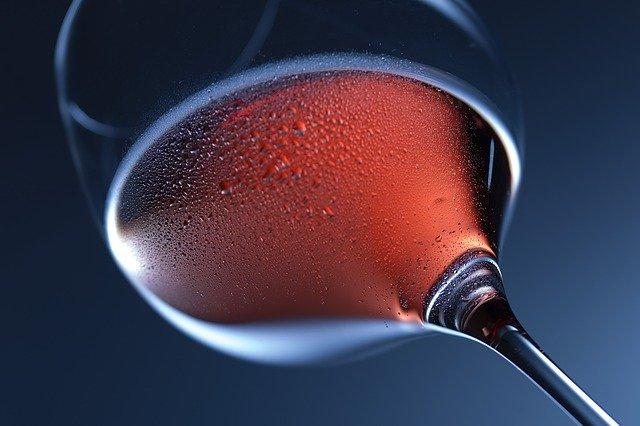 Cirurgia bariátrica e uso de bebidas alcoólicas
