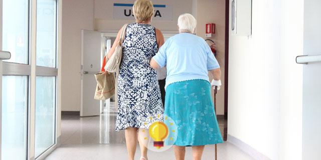 Teste seus conhecimentos no quiz PEBMED: idosa de 70 anos comparece à emergência com dor abdominal crônica. Qual pode ser o diagnóstico?