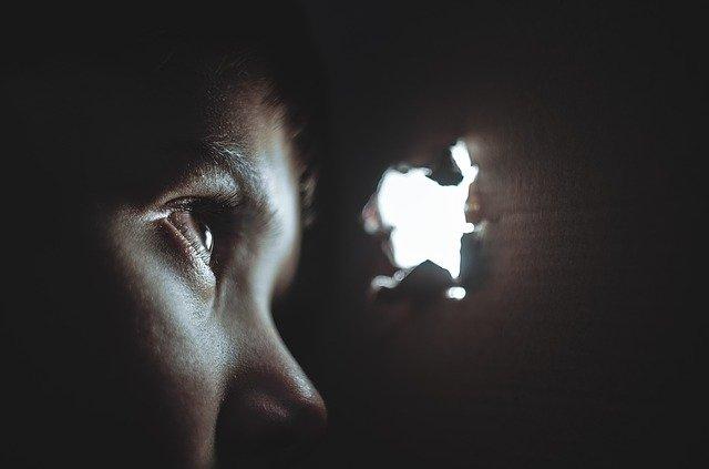 Desfechos de longo prazo do abuso físico infantil