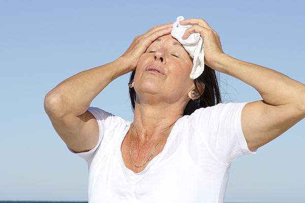Um artigo publicado no periódico Circulation apontou alguns dados relevantes sobre doenças cardiovasculares e transição menopausal.
